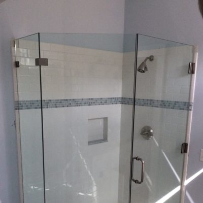 Shower Doors 32