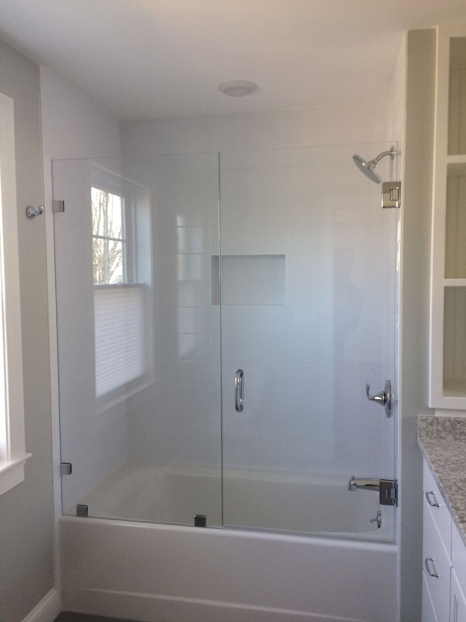 Tub Door 8